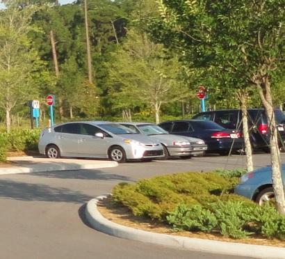 ¿Cuál es el costo de estacionar en Disney?