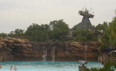 Surf Pool - Typhoon Lagoon
