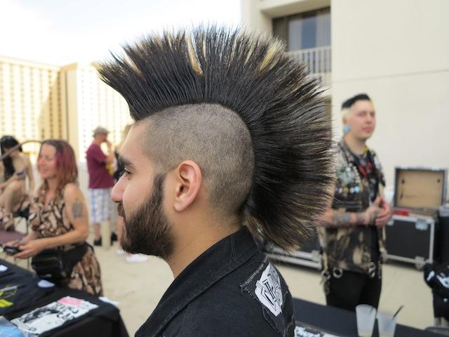 Die Besten Irokesen Beim Punk Rock Bowling Vice