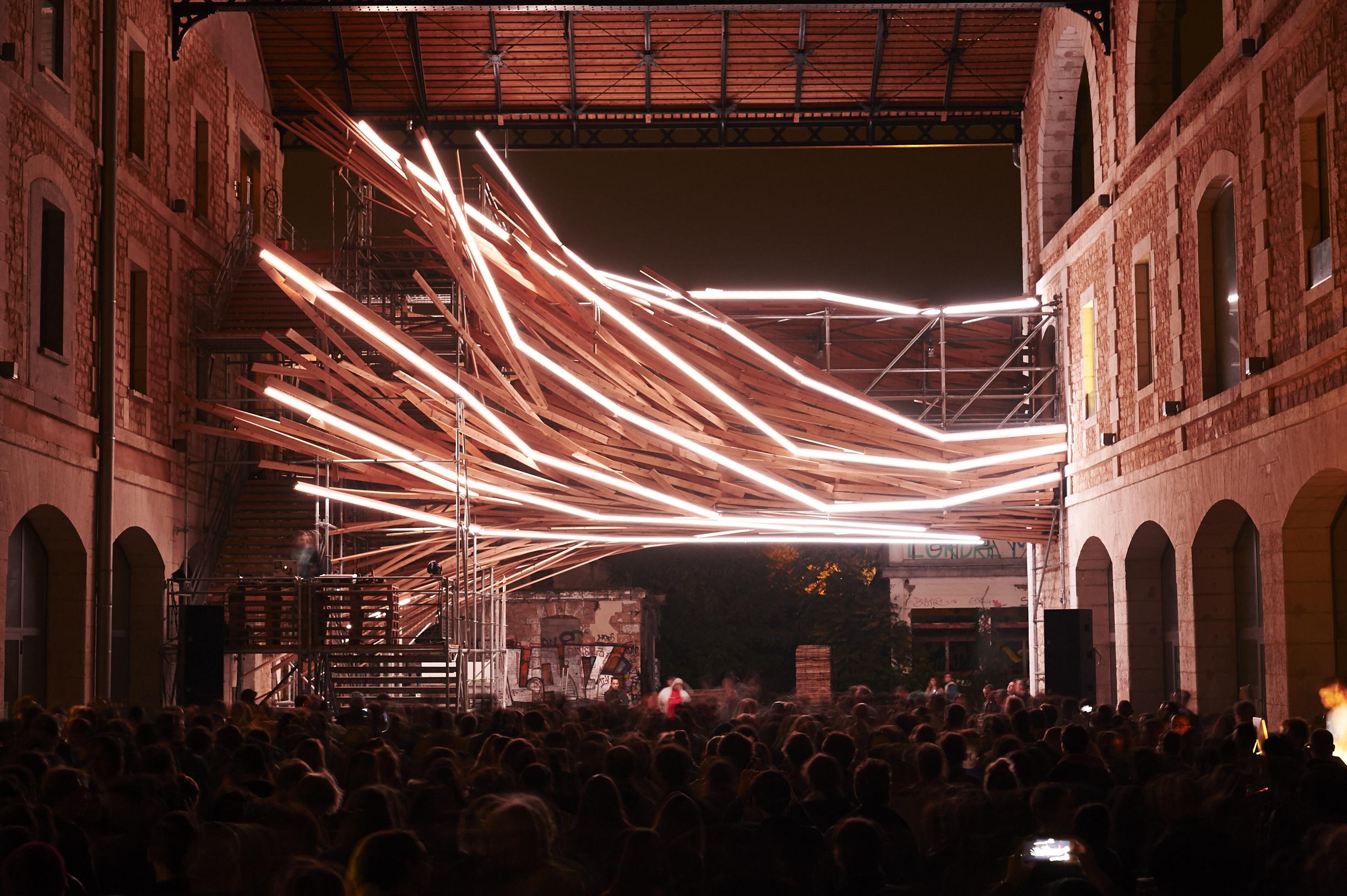 La dernière installation de 1024 Architecture illumine les nuits Bordelaises