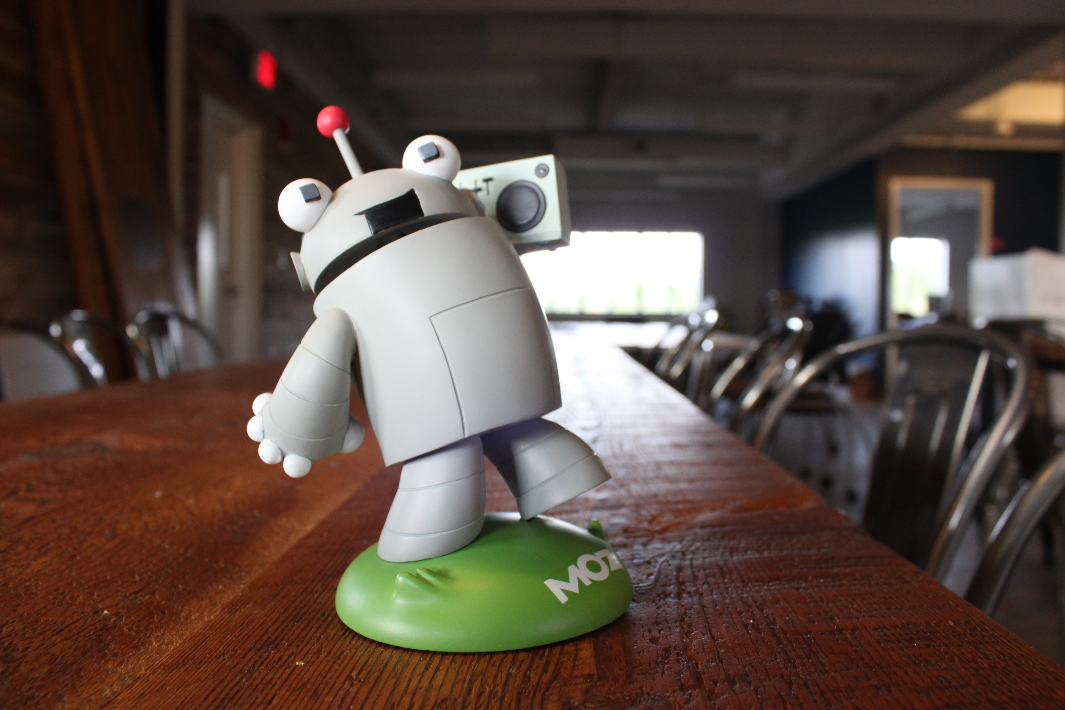 Moz's MozCon Roger Robot