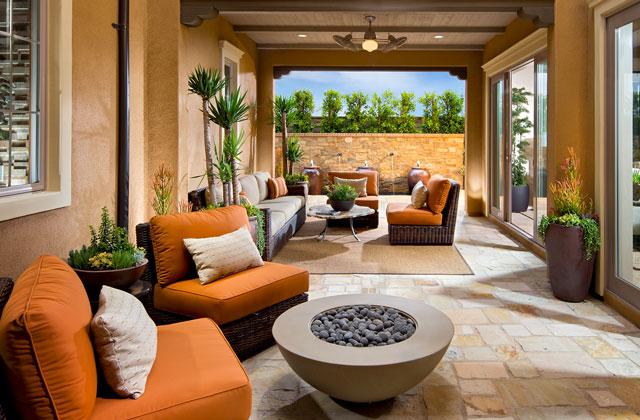 Messina_P3_640x420_Courtyard-large.jpg