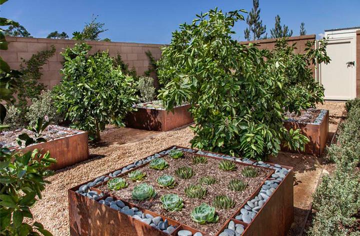 KB_Sage2-Res3_garden_1661-4x200.jpg