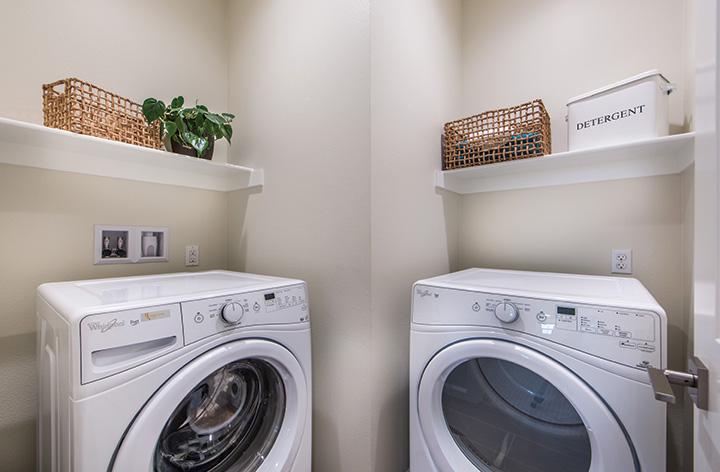 EW_Helena_PL1_Laundry_720x472.jpg