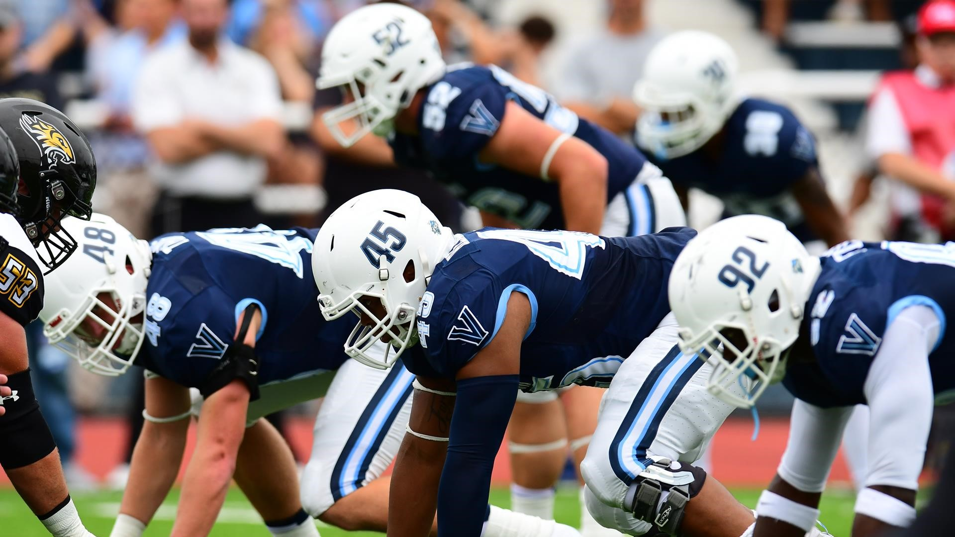 Villanova Falls To New Hampshire 34 0 In Homecoming Game