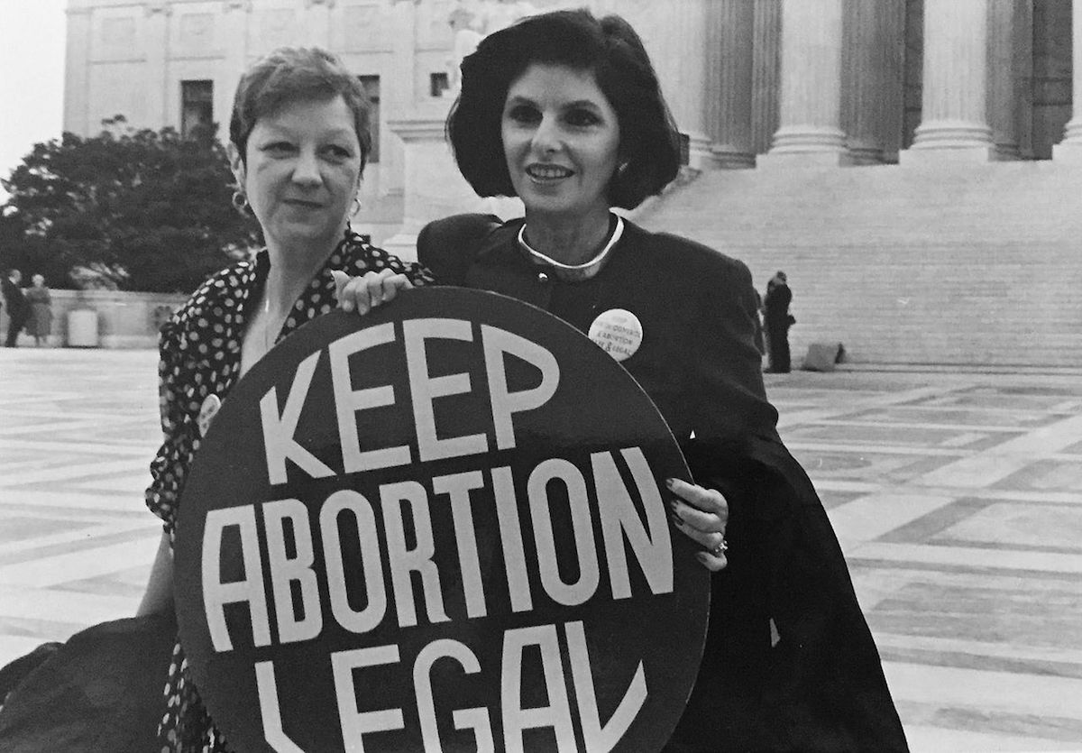 "Allred with client Norma McCorvey (""Jane Roe"" in Roe v. Wade), 1989"