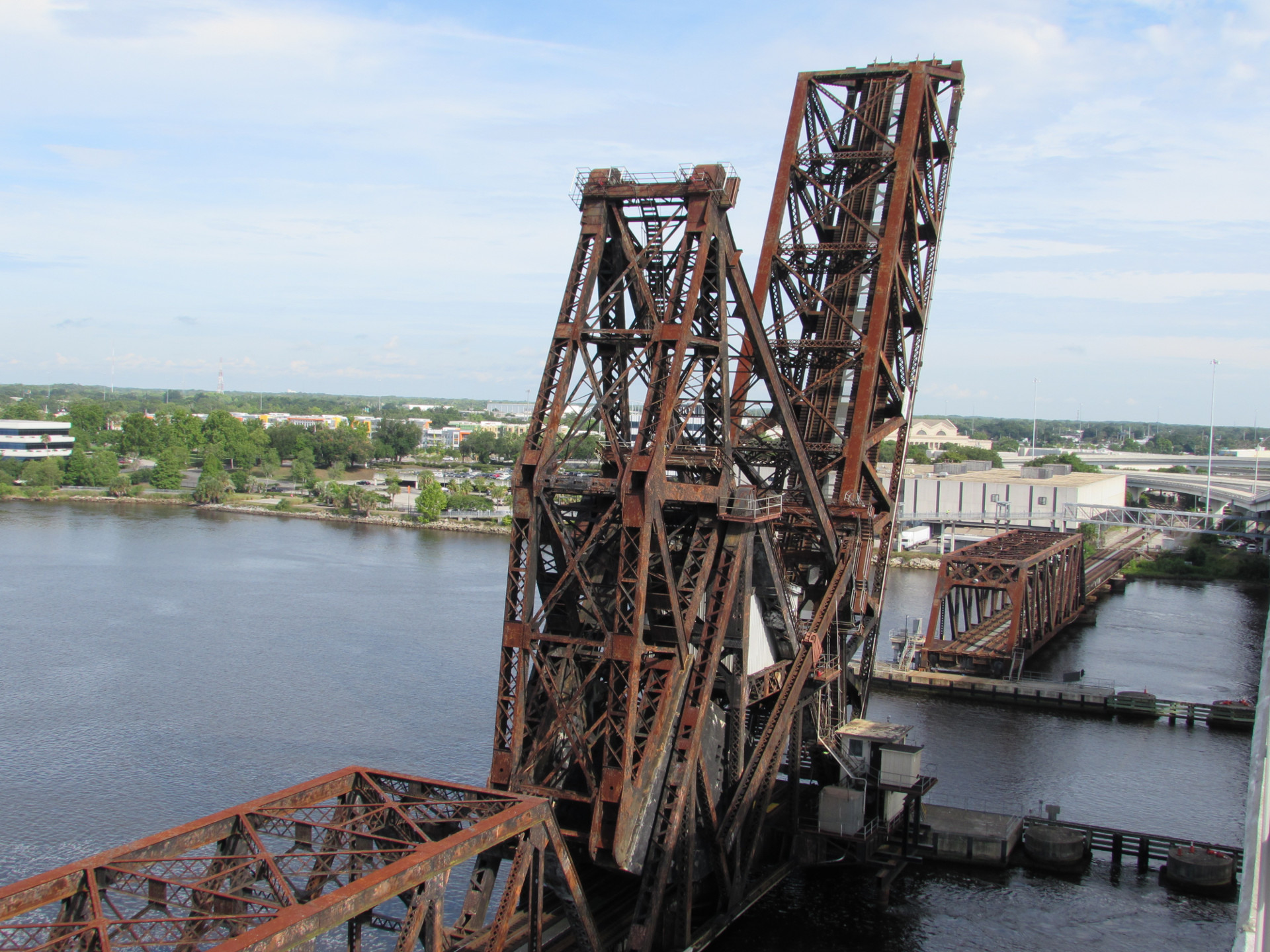 FEC Strauss Trunnion Bascule Bridge