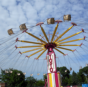 winona, minnesota, steamboat, days, midway, rides, food, vendors, fireworks, parade