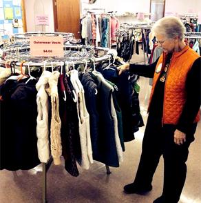 winona, minnesota, clothes, shop, volunteer, services