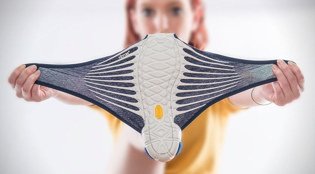 Furoshiki-Vibram-shoes-stretch