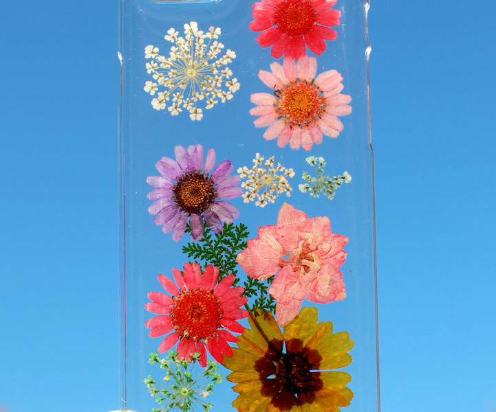 house of bling pressed flower phone case 1