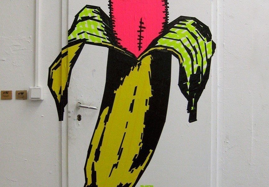 tape-art-banana