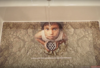 Ad to Help Conserve Water by Redfuse Y&R New York for Colgate