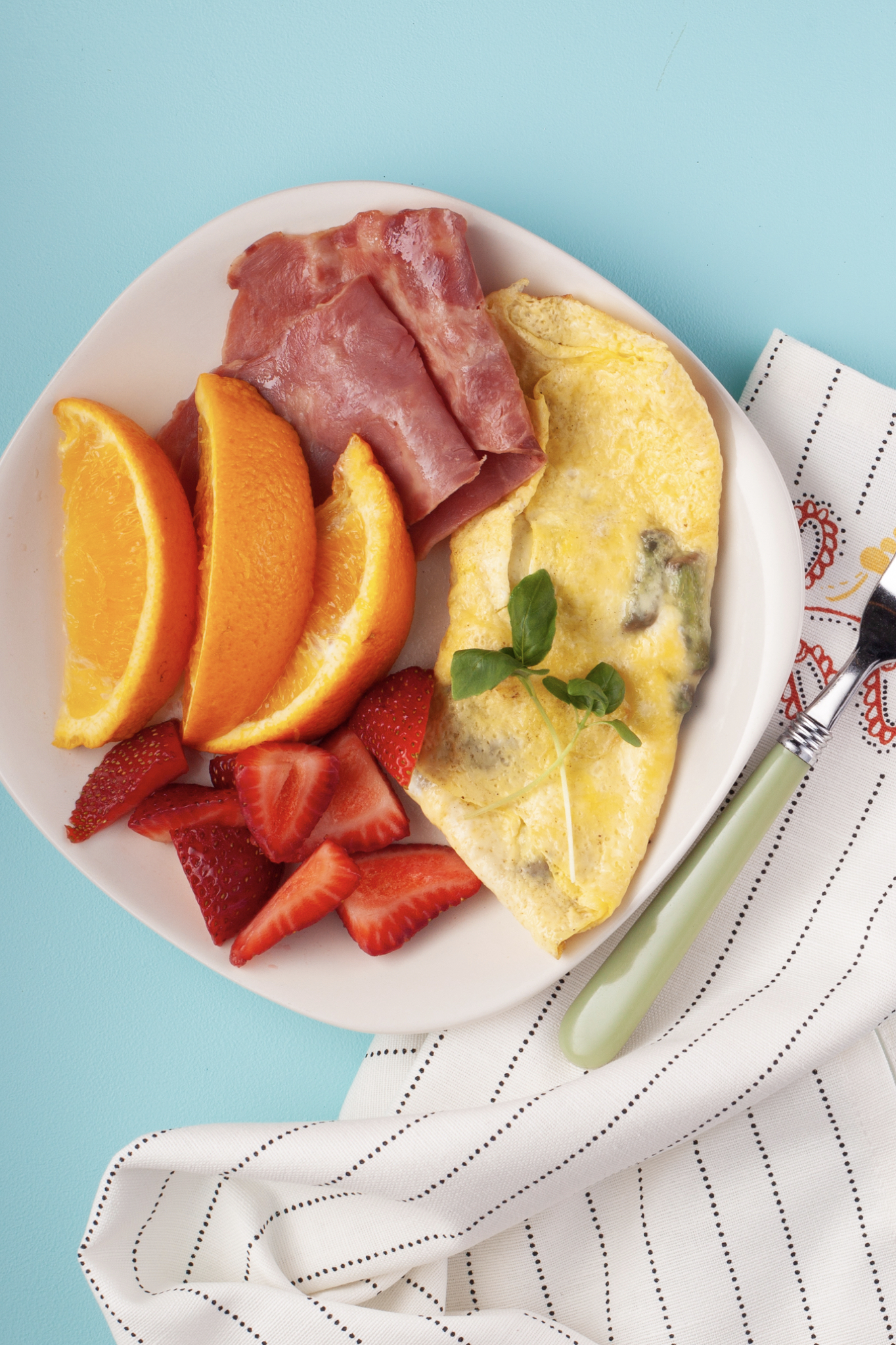 Asparagus and Tomato Omelette