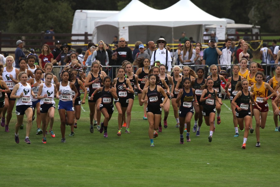 Claremont (CA) Girls Cross Country Ranked #1 in Nation