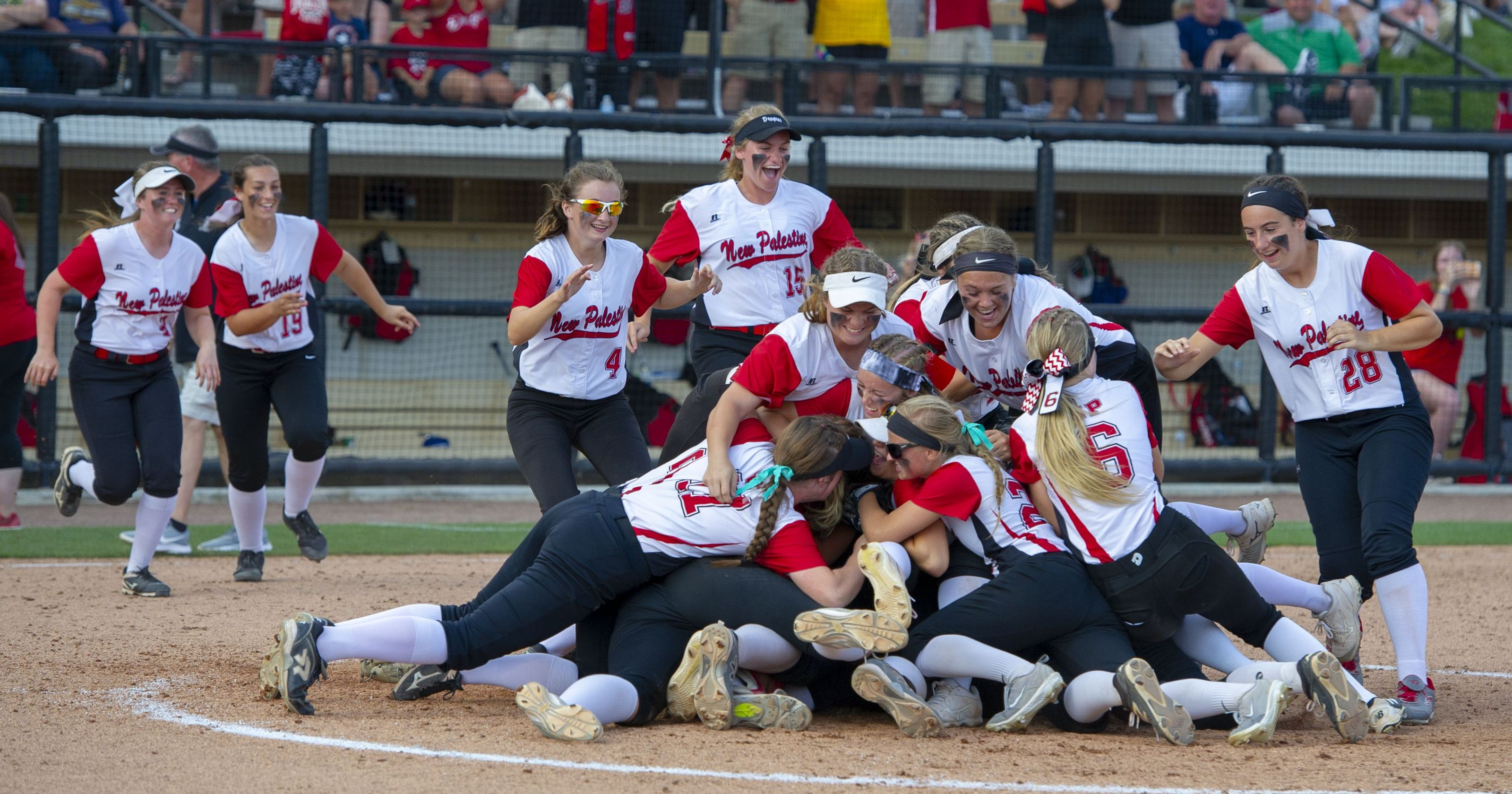 #1 New Palestine (IN) softball hits six HRs in victory over #3 Yorktown
