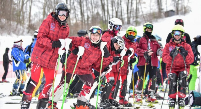 Girls ski team finishing fifth at States in 2016.