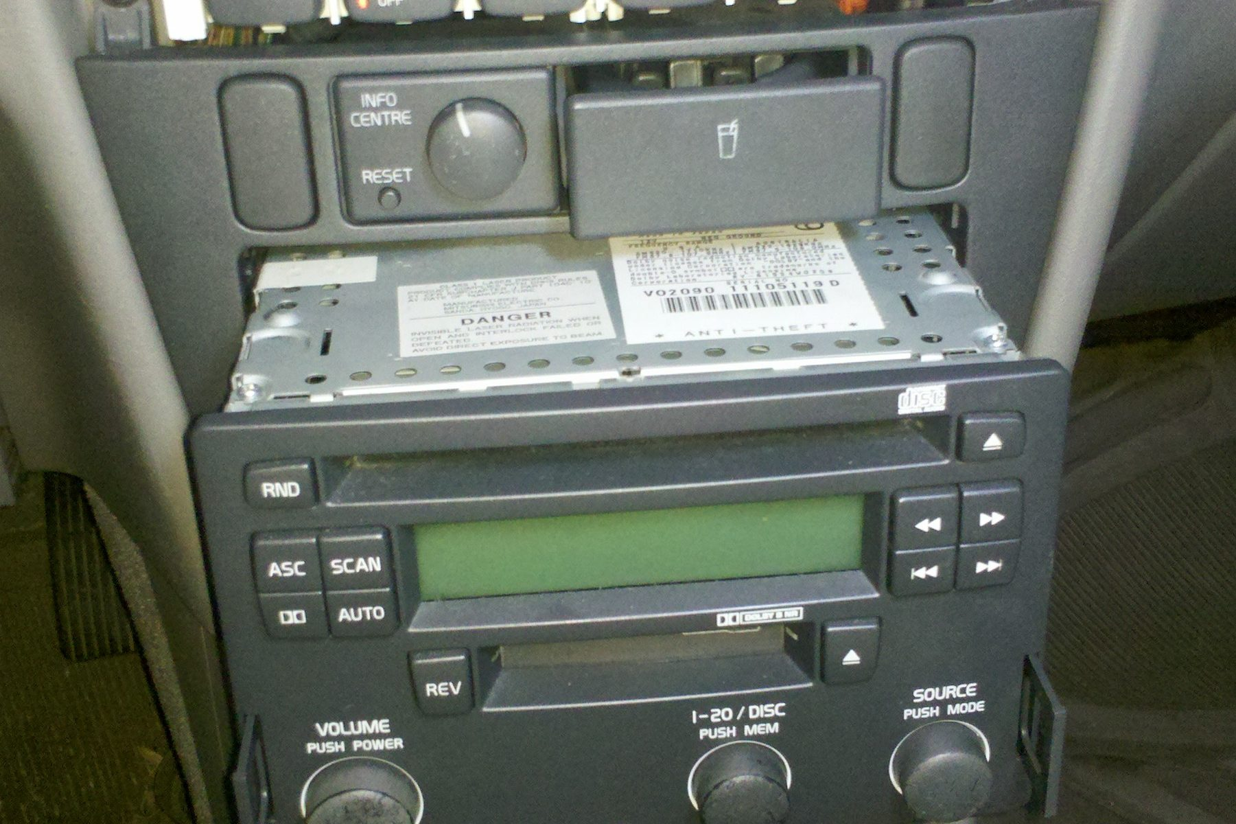 Removing Radio Climate Control Face