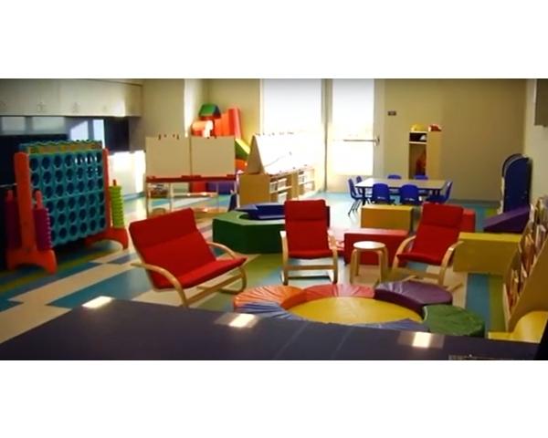 Playroom Volunteer
