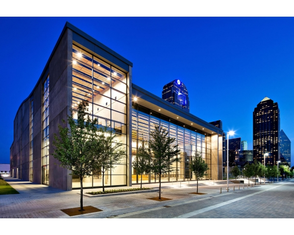 Share Your Love for the Arts in Dallas!