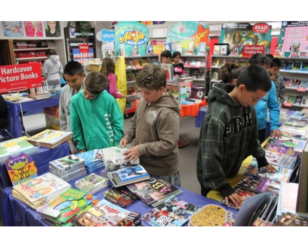 Obadiah Knight ES Fall Book Fair