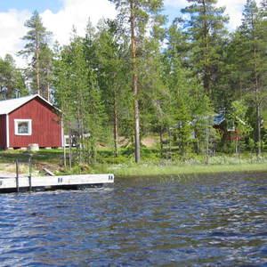 Hjortronstugan Woods Cottage