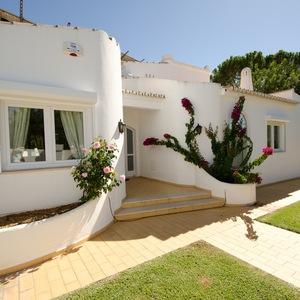 Vacation Rental Villa Bonita