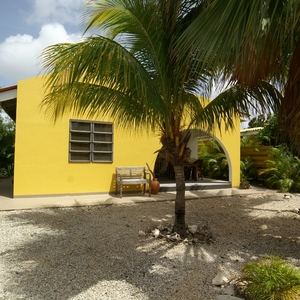 Sunny Bonaire Holiday Bungalow