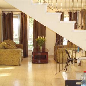 Nov Nachlaot Holiday Apartment