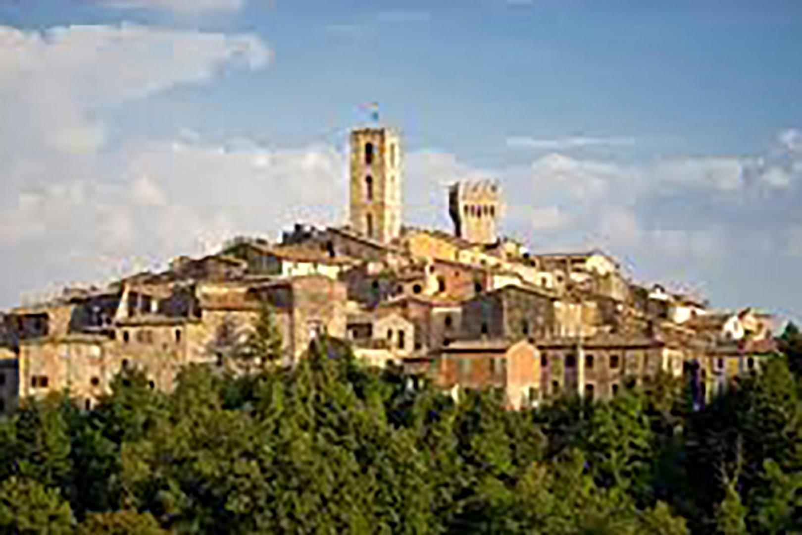 The nearest town an ancient settlement dating from at least Roman times, San Casciano Val di Pesa.