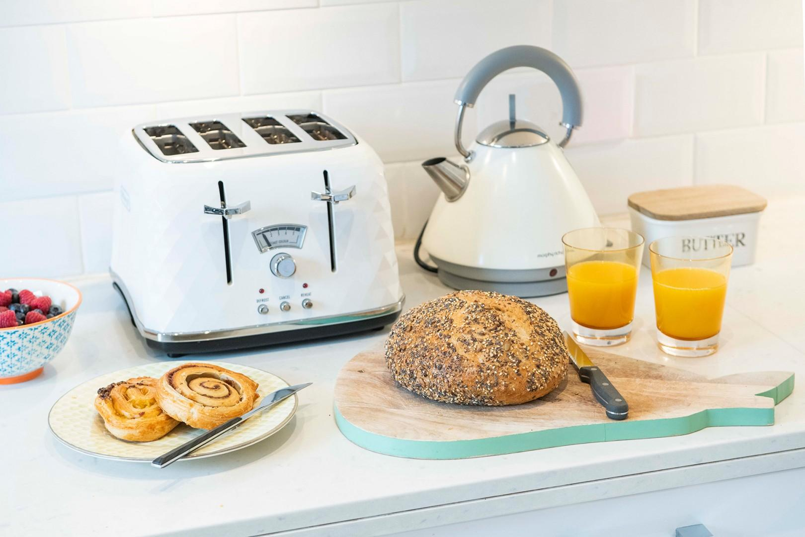 Prepare breakfast at home before a busy day of sightseeing