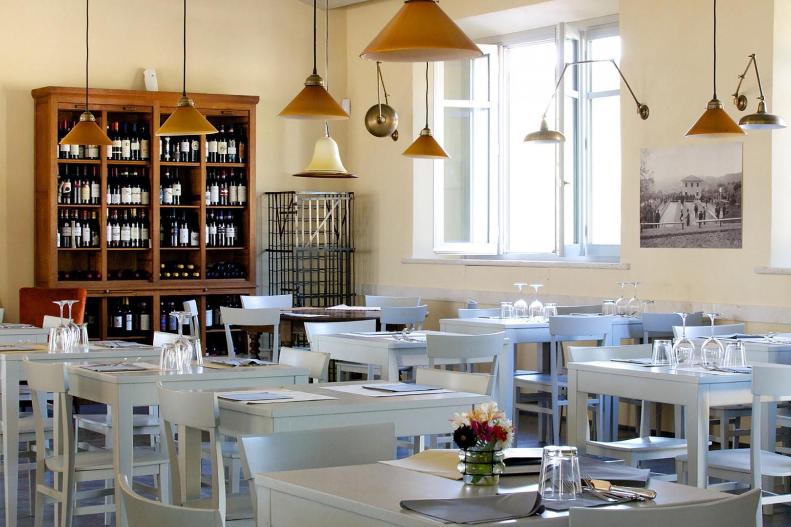Enjoy delicious Tuscan dishes at the estate restaurant which is open from late March to October.
