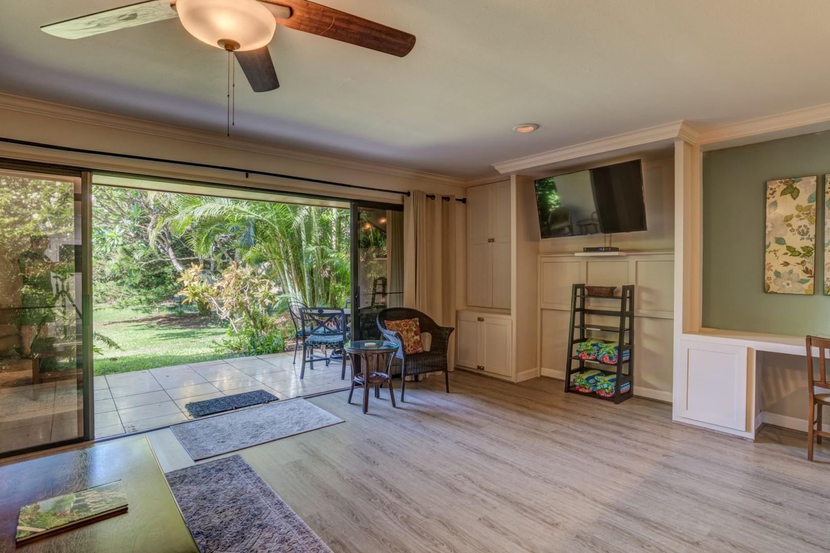 Living room to lanai living!