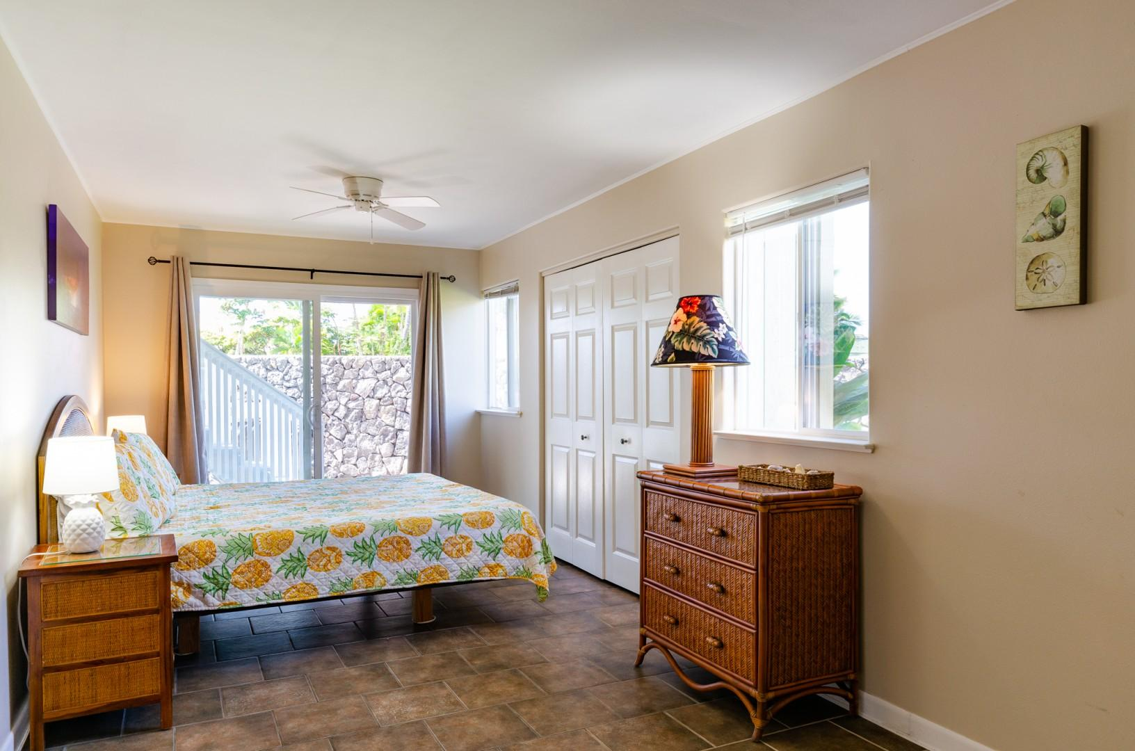Lanai Access from the bedroom