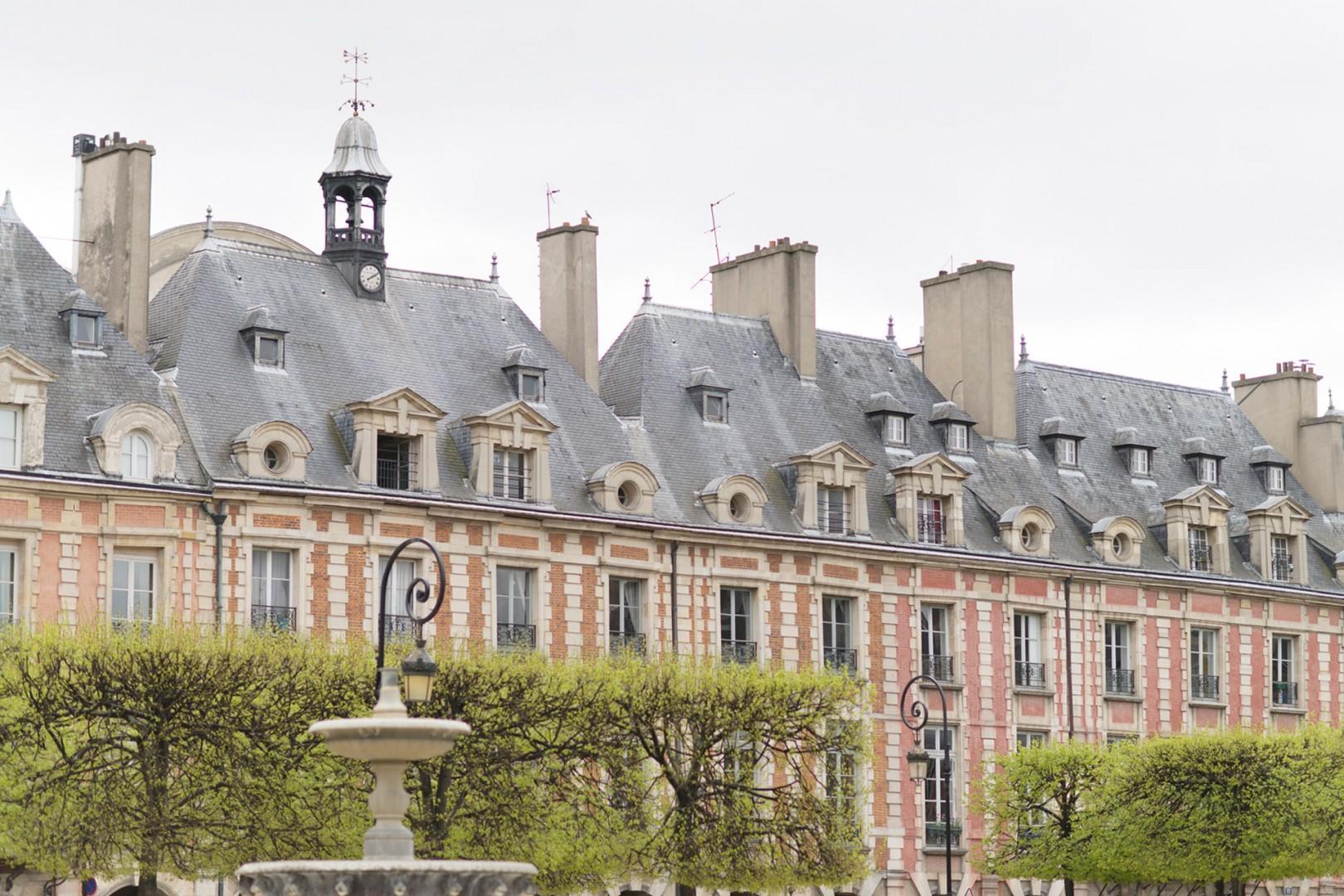 Visit the romantic Place des Vosges.