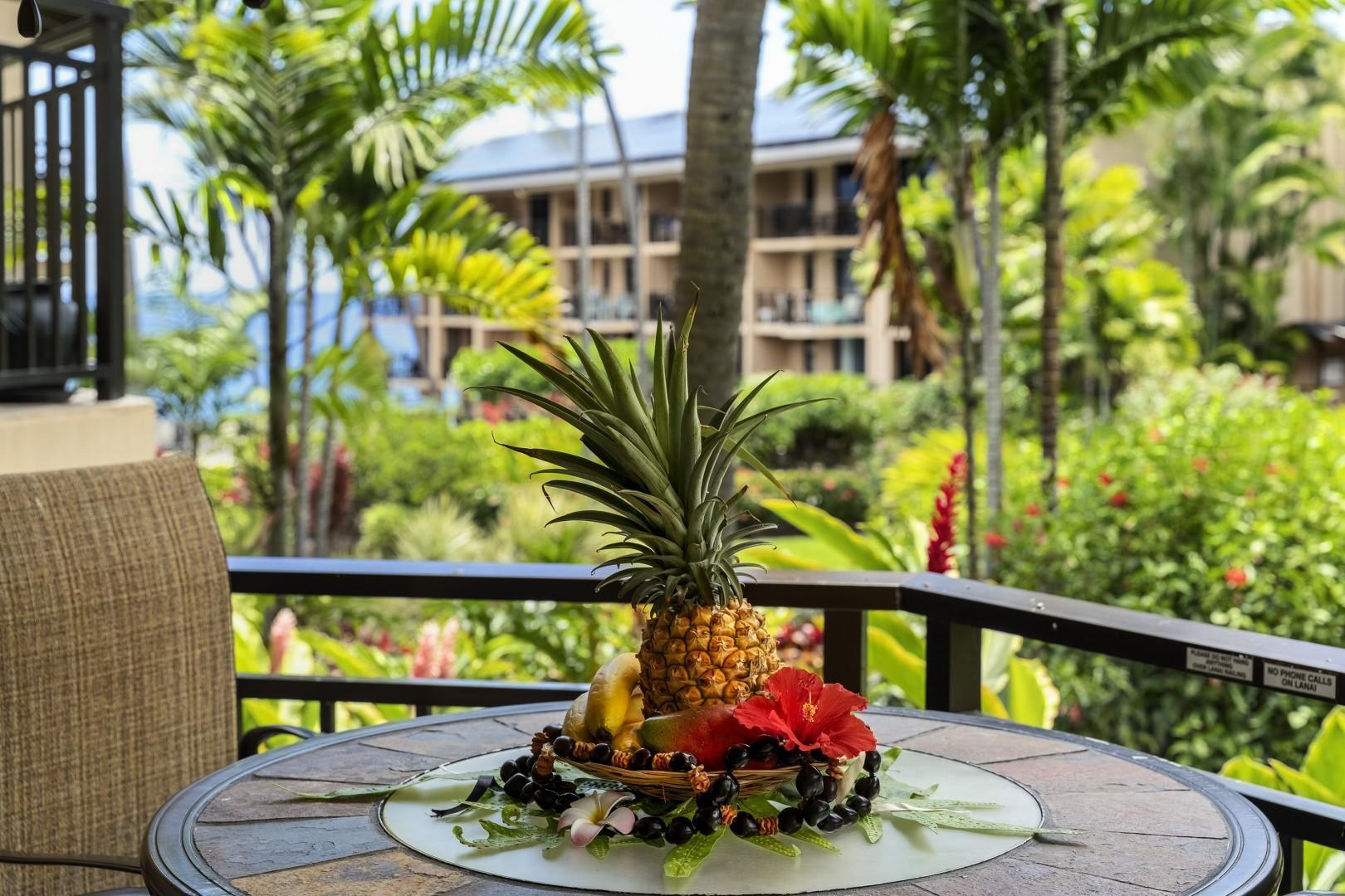 Tropical setting on the Hale Ohana Lanai!