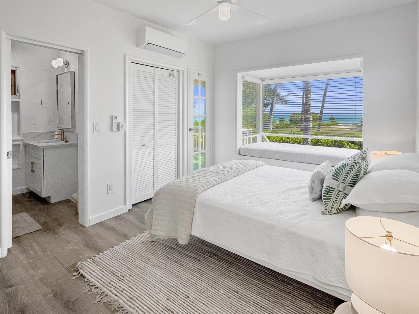 Bedroom 3, King bed with ensuite and private lanai
