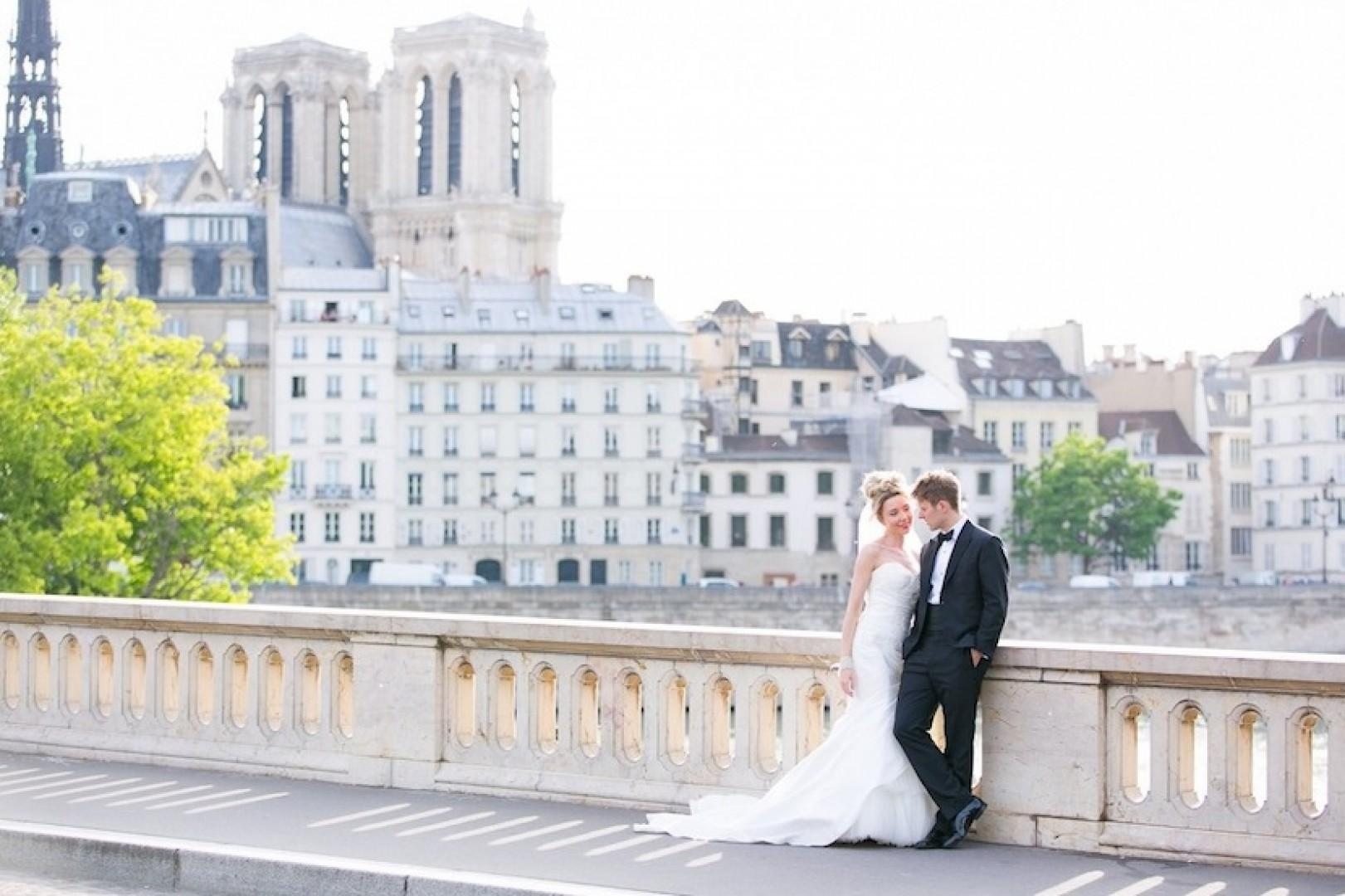 Celebrate your special day in the world's most romantic city!