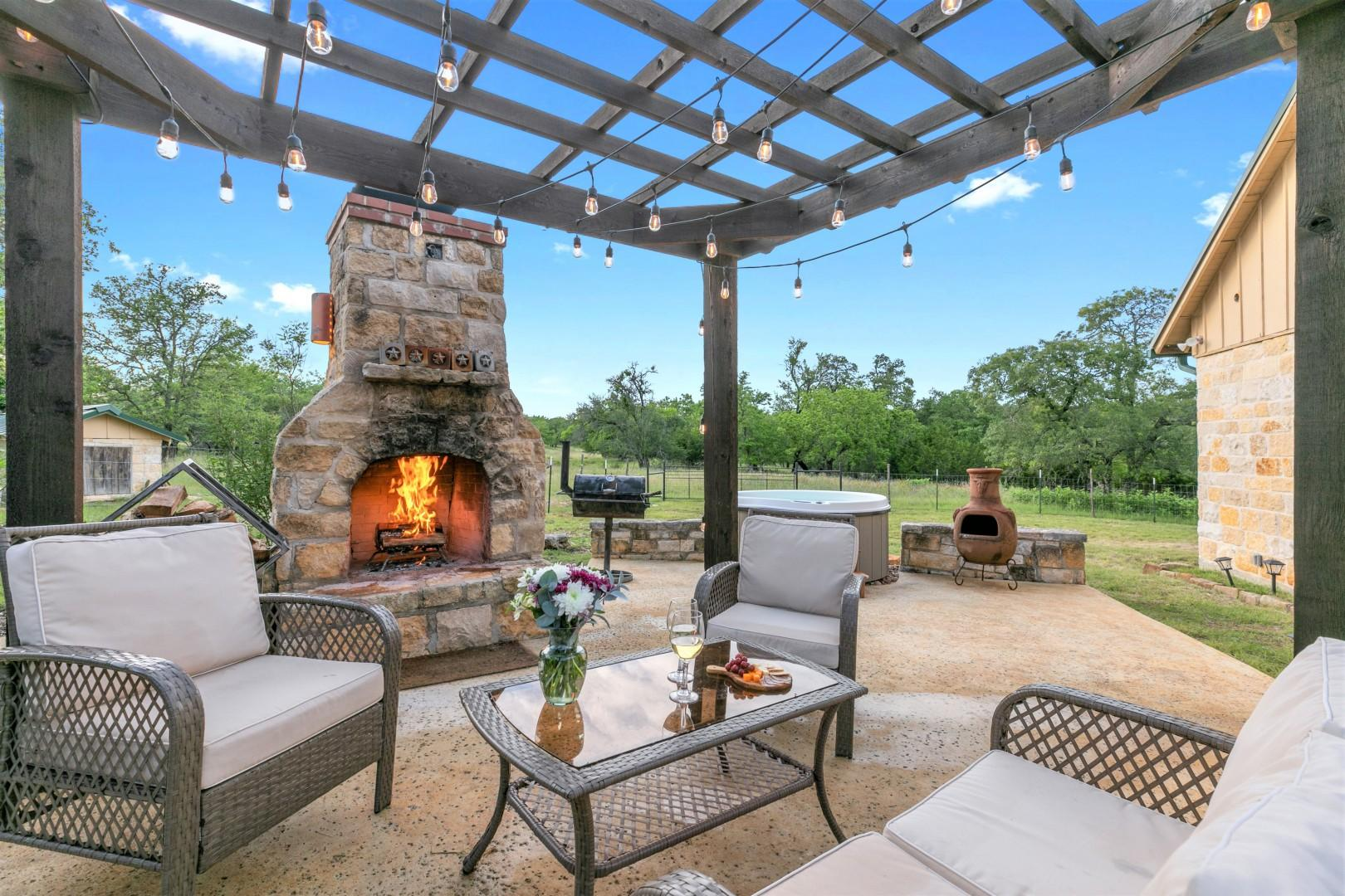 New! Luxury Home with Fire Pit & Hill Country Views