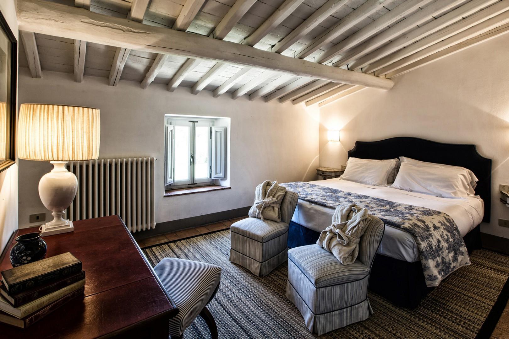 Beautiful cottage bedroom 1 with en suite bathroom.