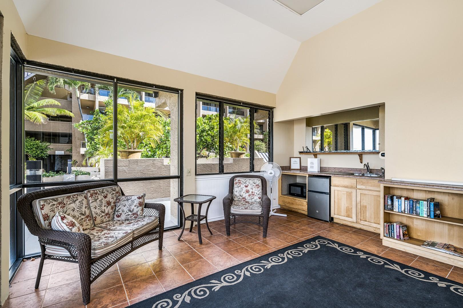 Comfort room features a kitchenette as well!