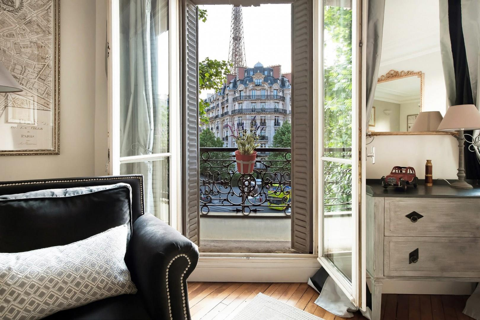 Soak in the Parisian atmosphere in the charming 7th arrondissement.