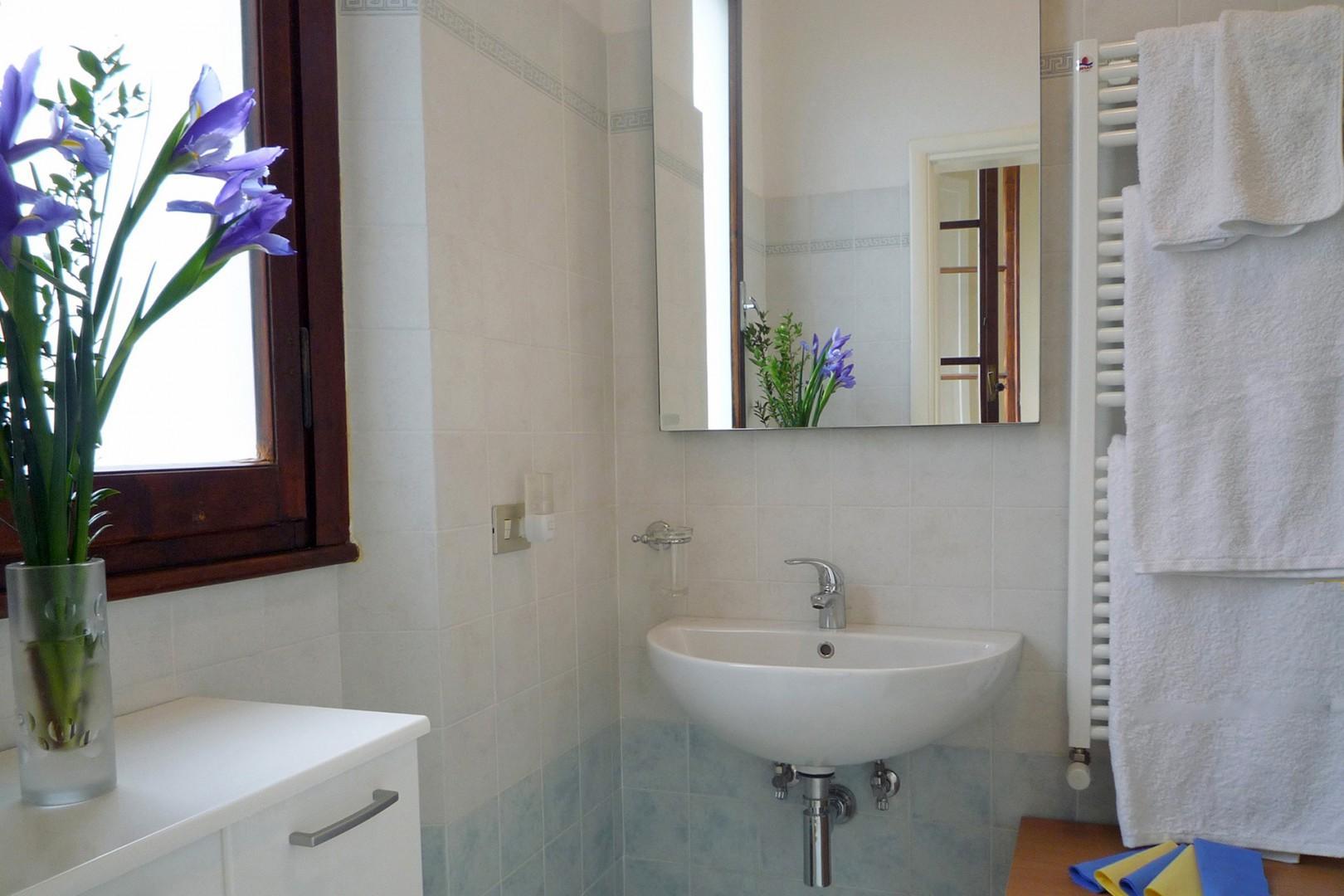 En suite bathroom for bedroom 1.