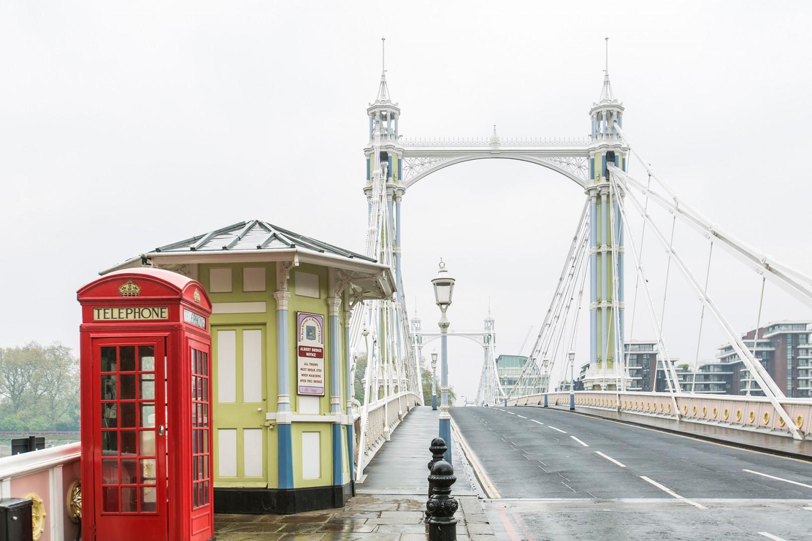dcp-copyright-chelsea-albert-bridge-phone-booth-london