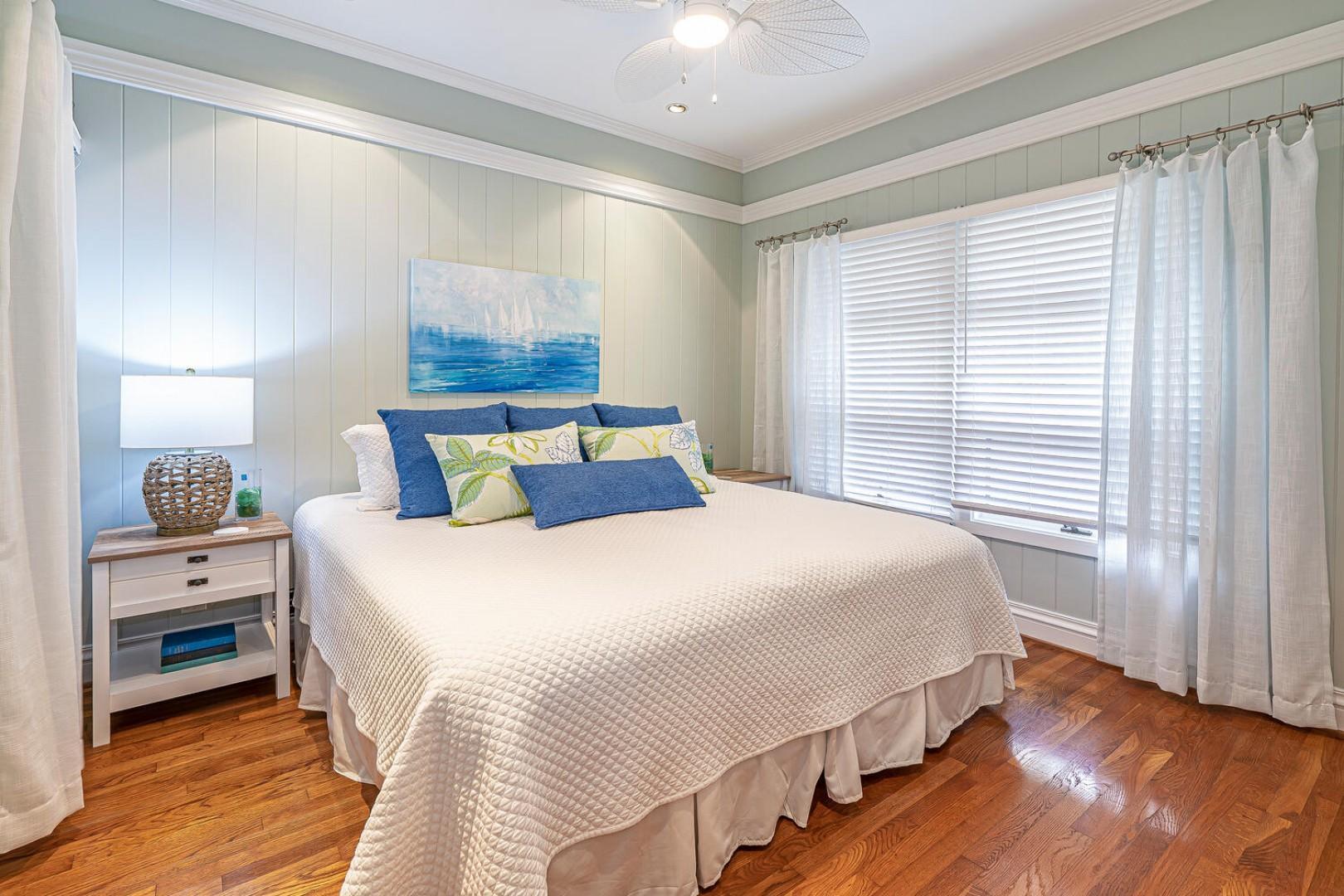 Lanikai Seashore Guest Bedroom Downstairs