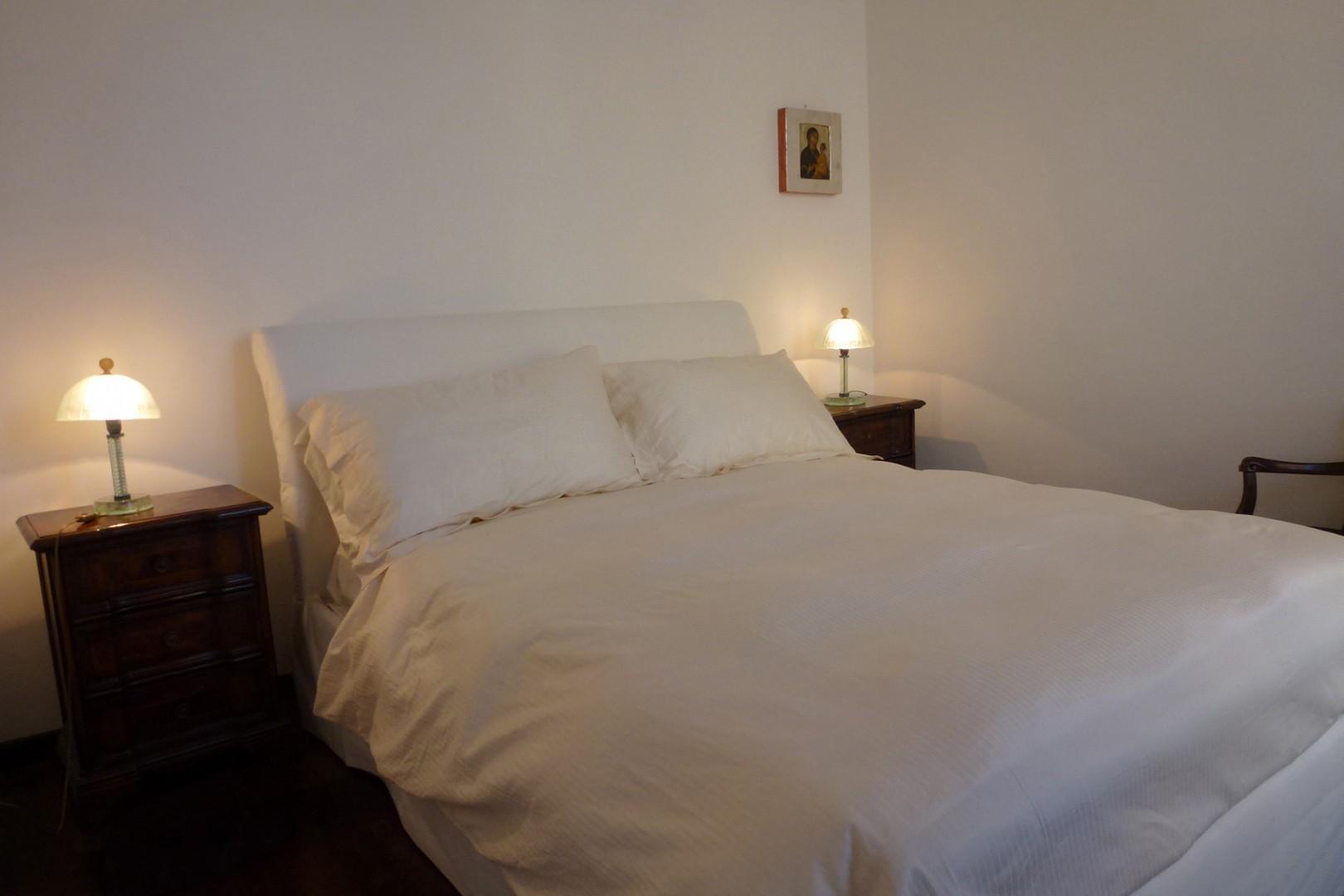 Cozy bedroom 1.