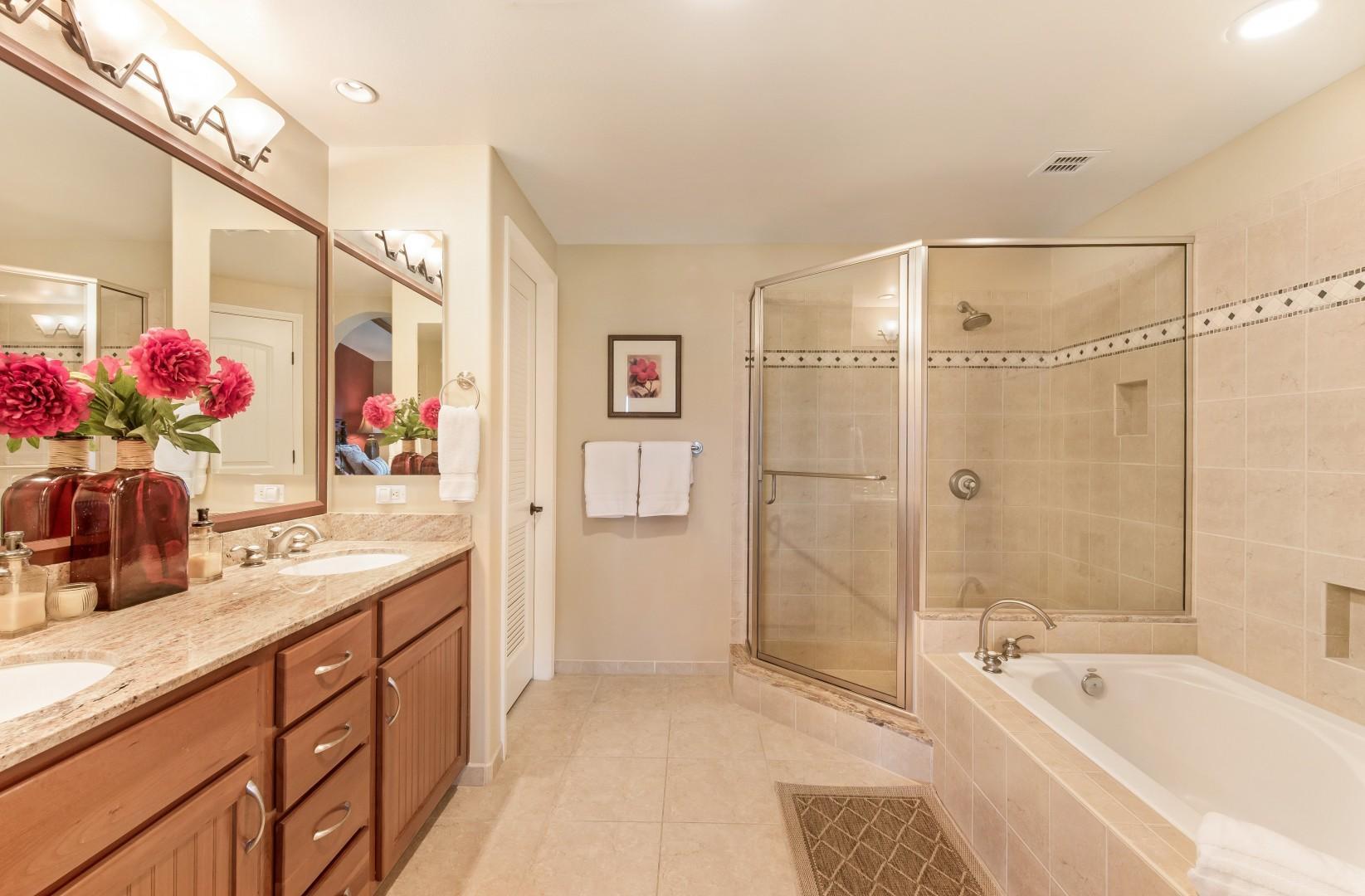Master Bath w/ Soaking Tub, Glass Shower & Walk-In Closet