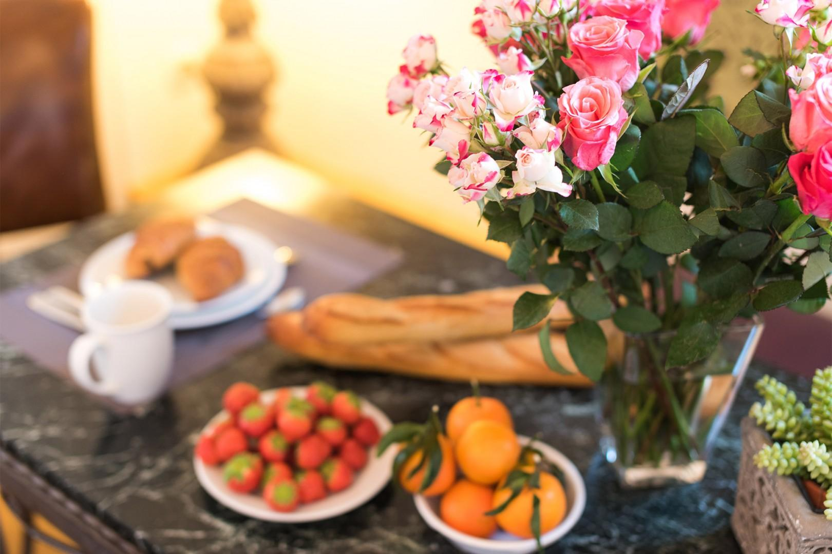 Set a beautiful table for your Parsian breakfasts!