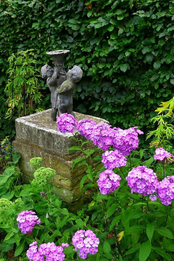 Classic and natural beauty merge in the communal garden