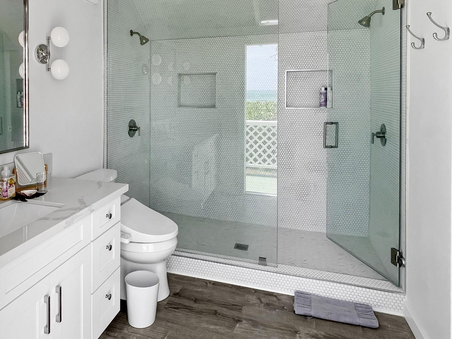 Master ensuite with private access to the back yard